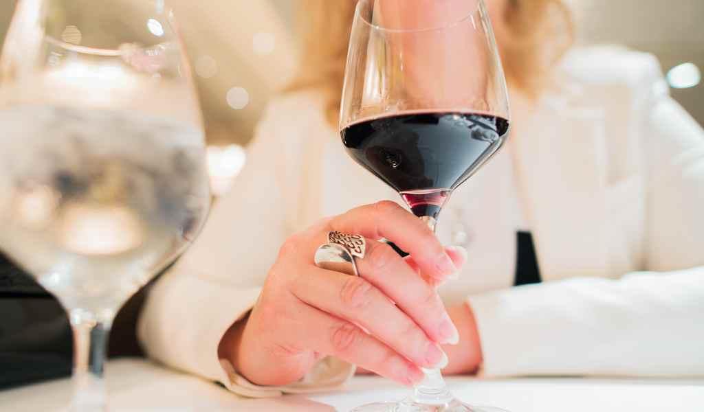 Лечение женского алкоголизма в Хрипани анонимно